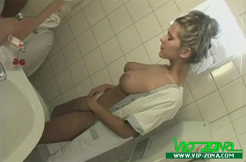Sara Nice - anal sex in the toilet